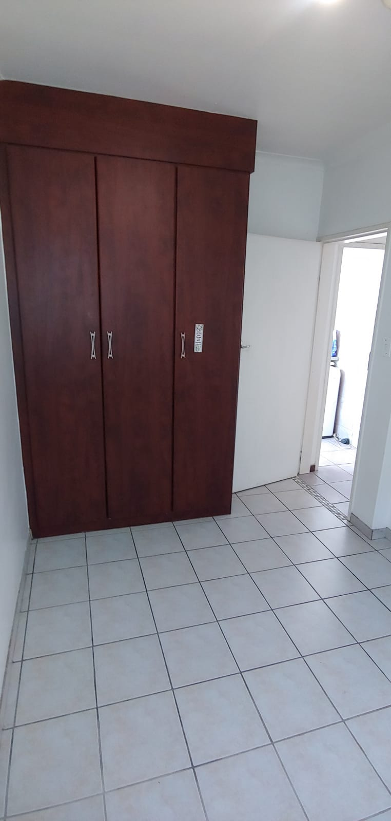 Neat and large room available for a lady,close to centurion mall