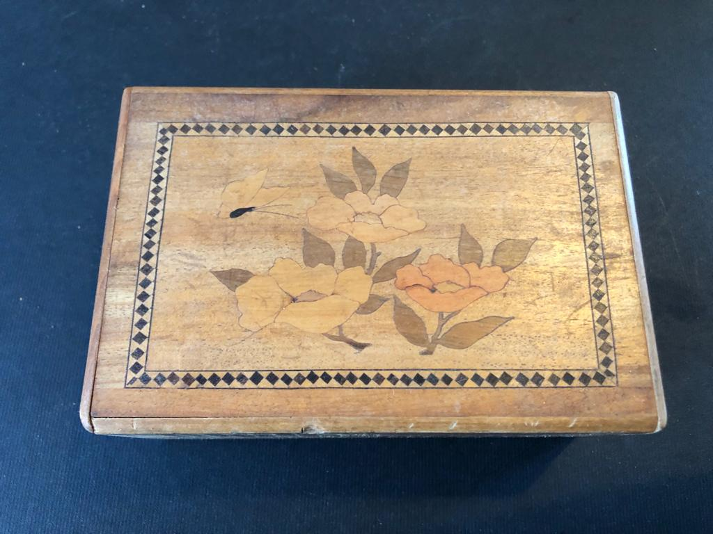 Japanese mystery/Puzzle box - featuring 2 Traditional Japanese scenes