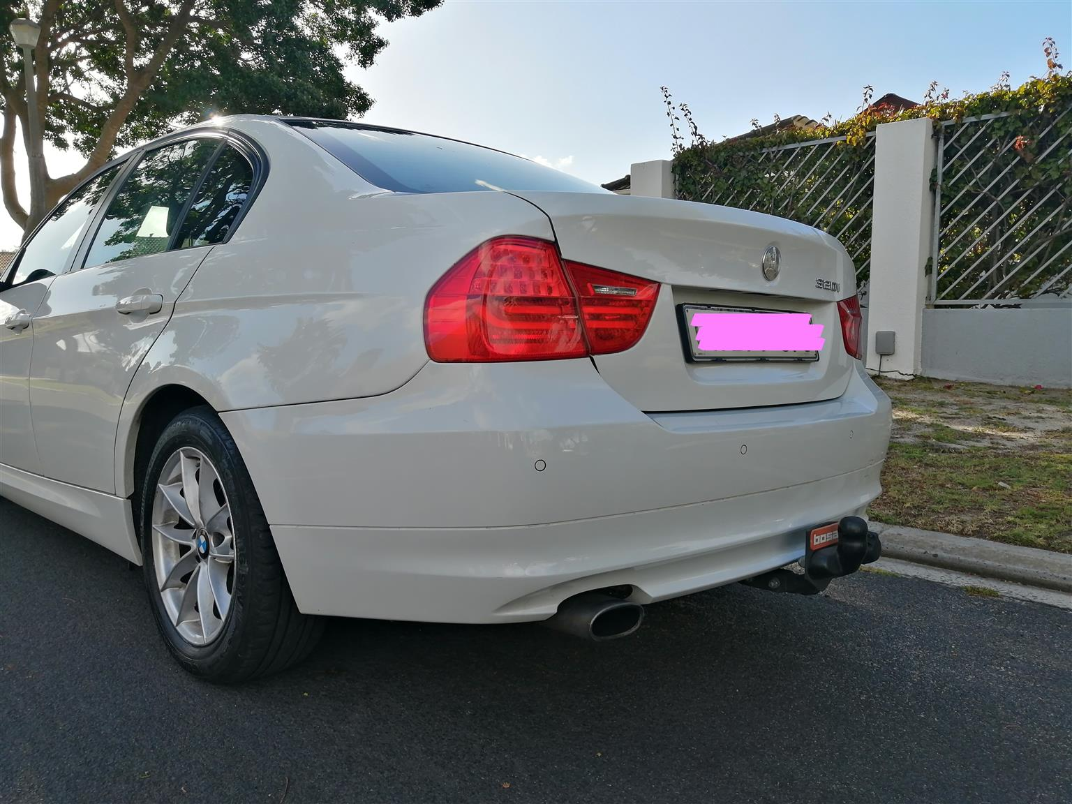 2010 BMW 3 Series 320i Exclusive