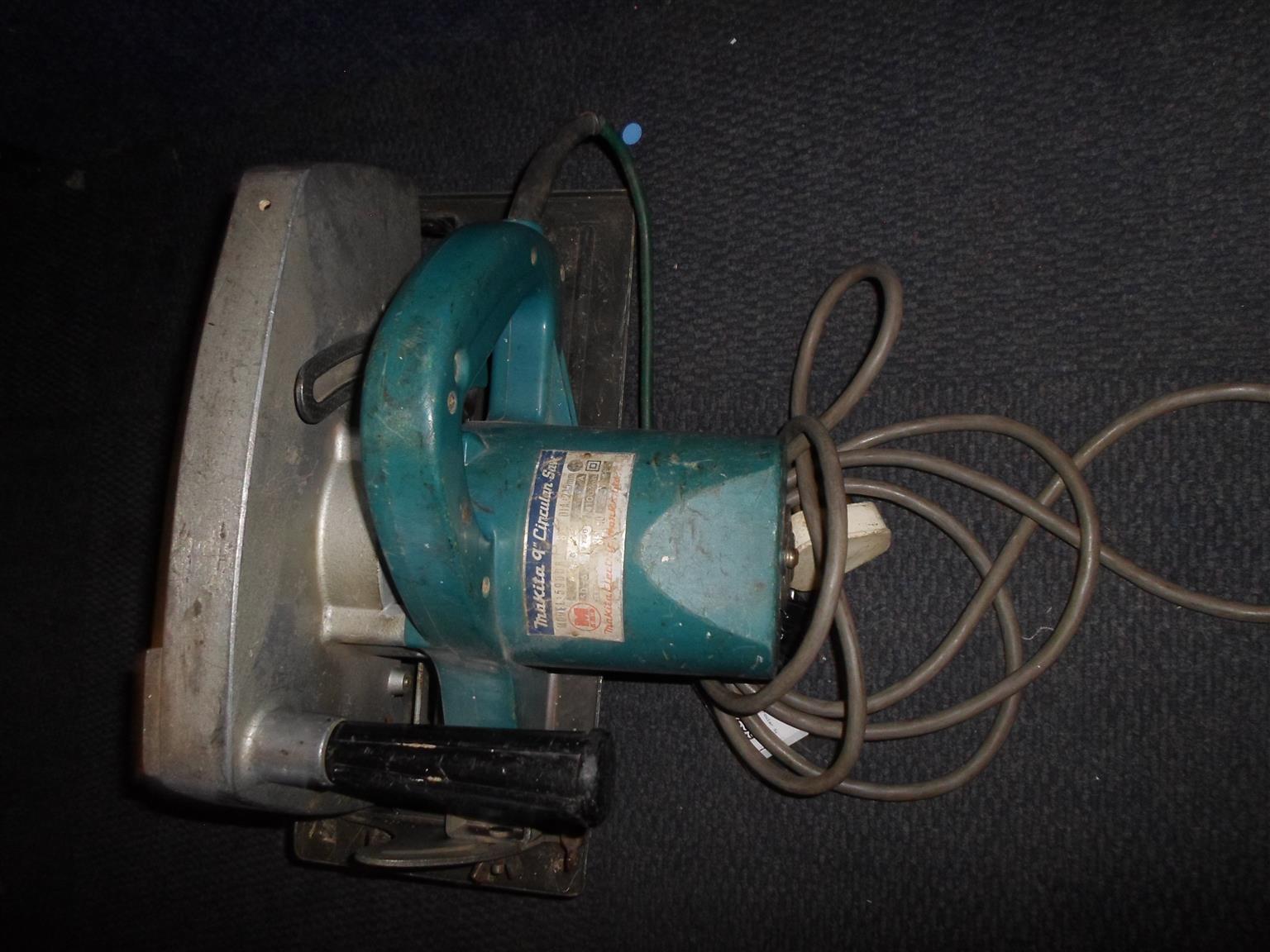 1250W Makita Circular Saw - B033028776-2