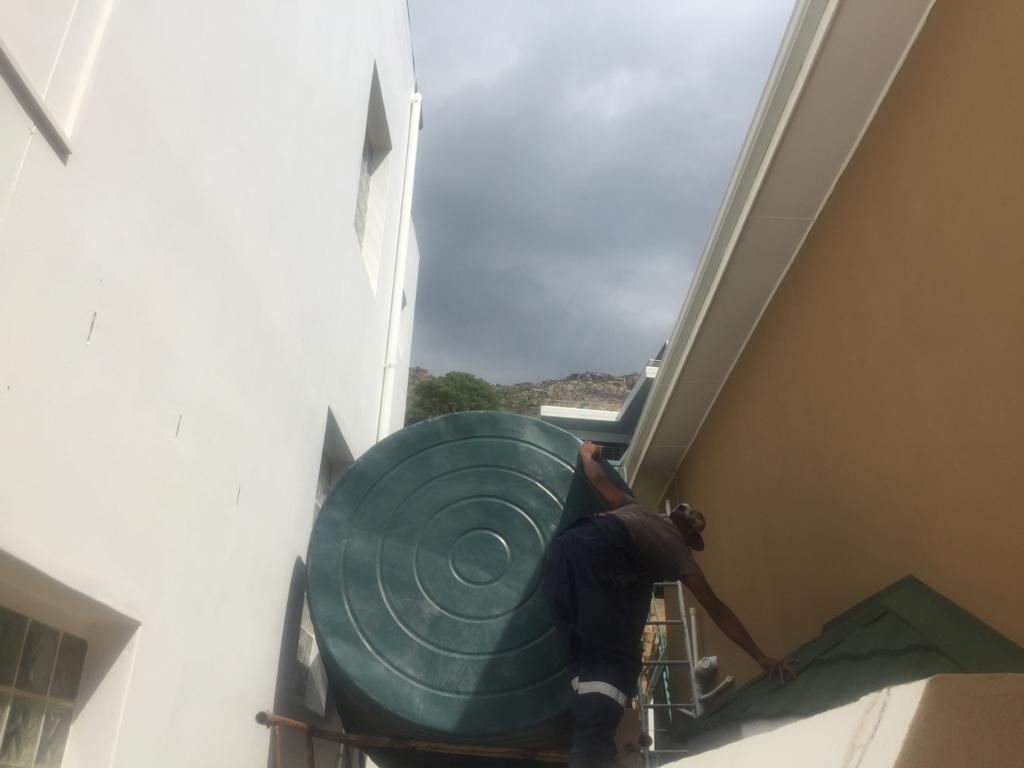 5000 L WATER TANK AVAILABLE IN CAPE TOWN AND JOHANNESBURG