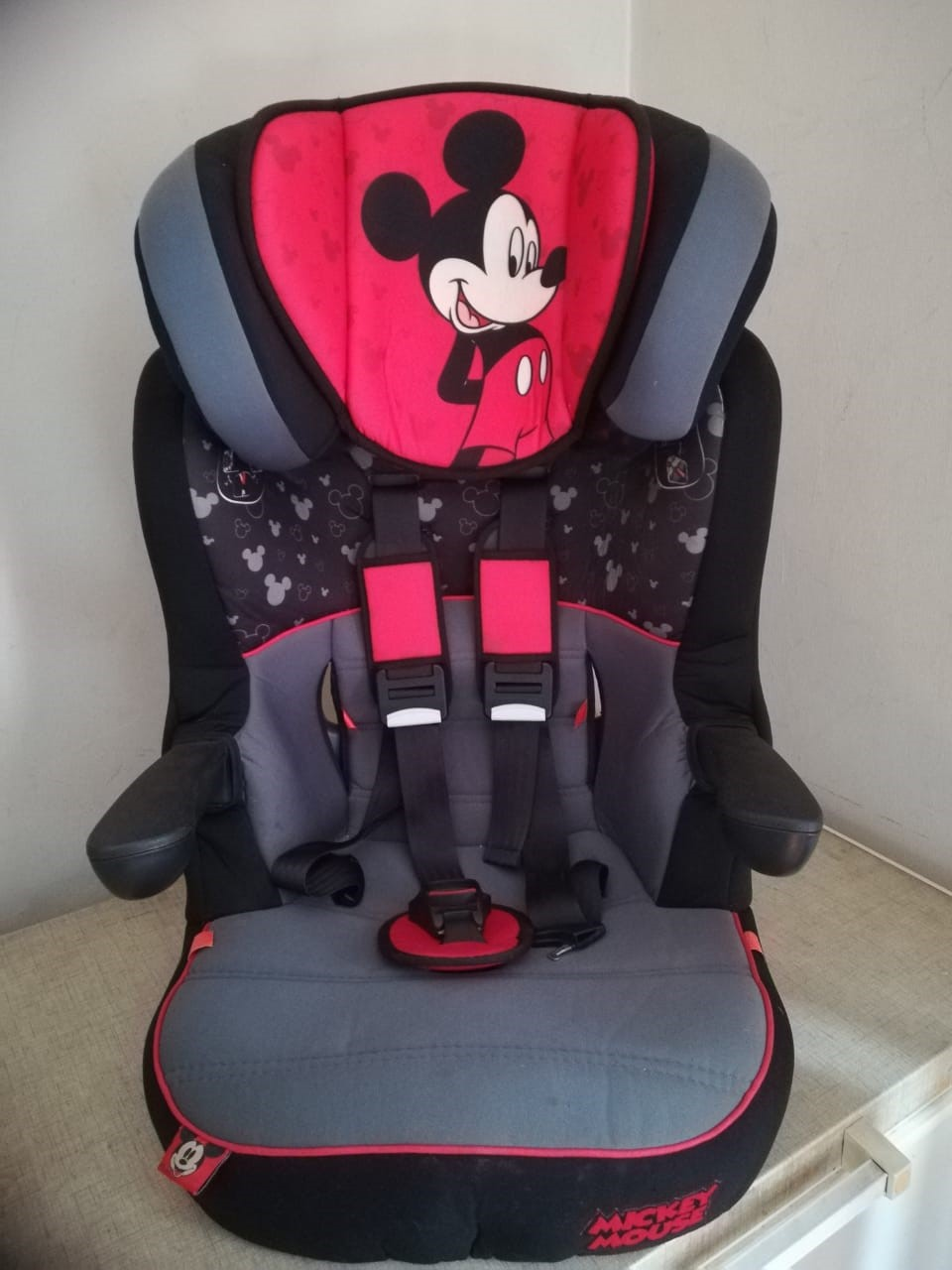 Disney Mickey Mouse IMAX SP Car Seat