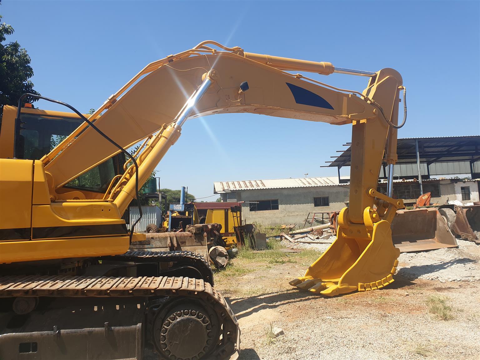 330B CAT Excavator