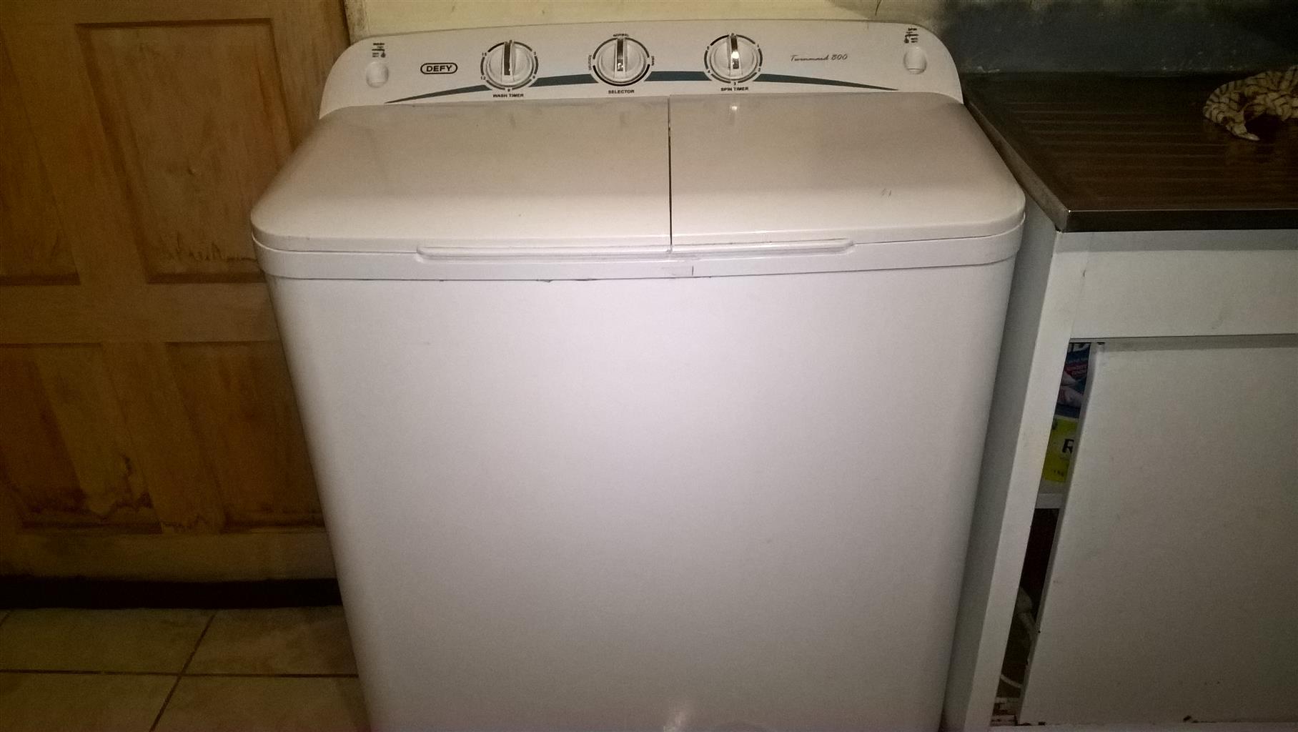 Defy Washing machine for sale.