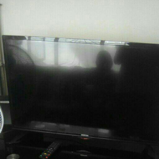 selling plasma tv