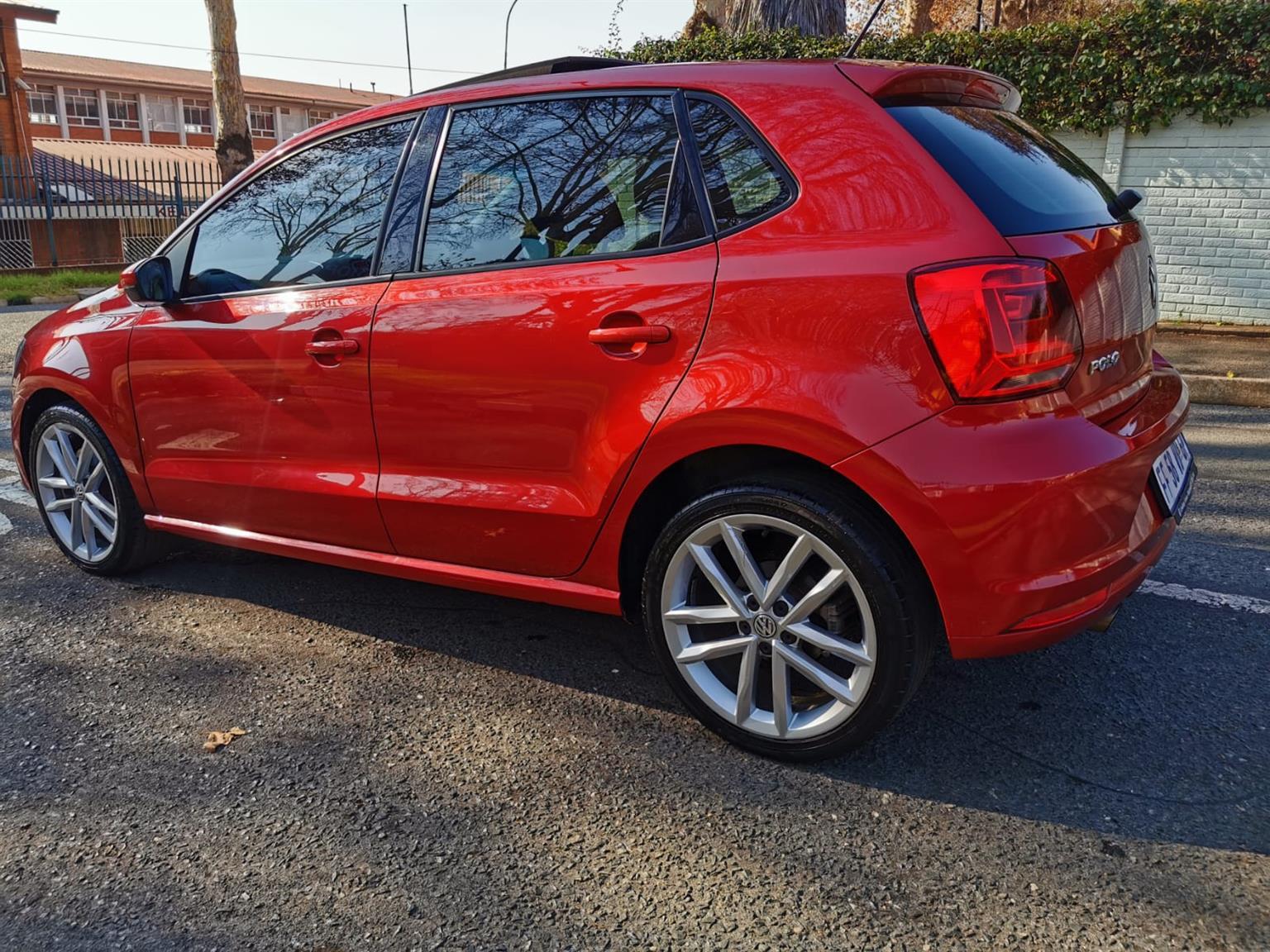 2017 VW Polo 1.2TSI Highline auto