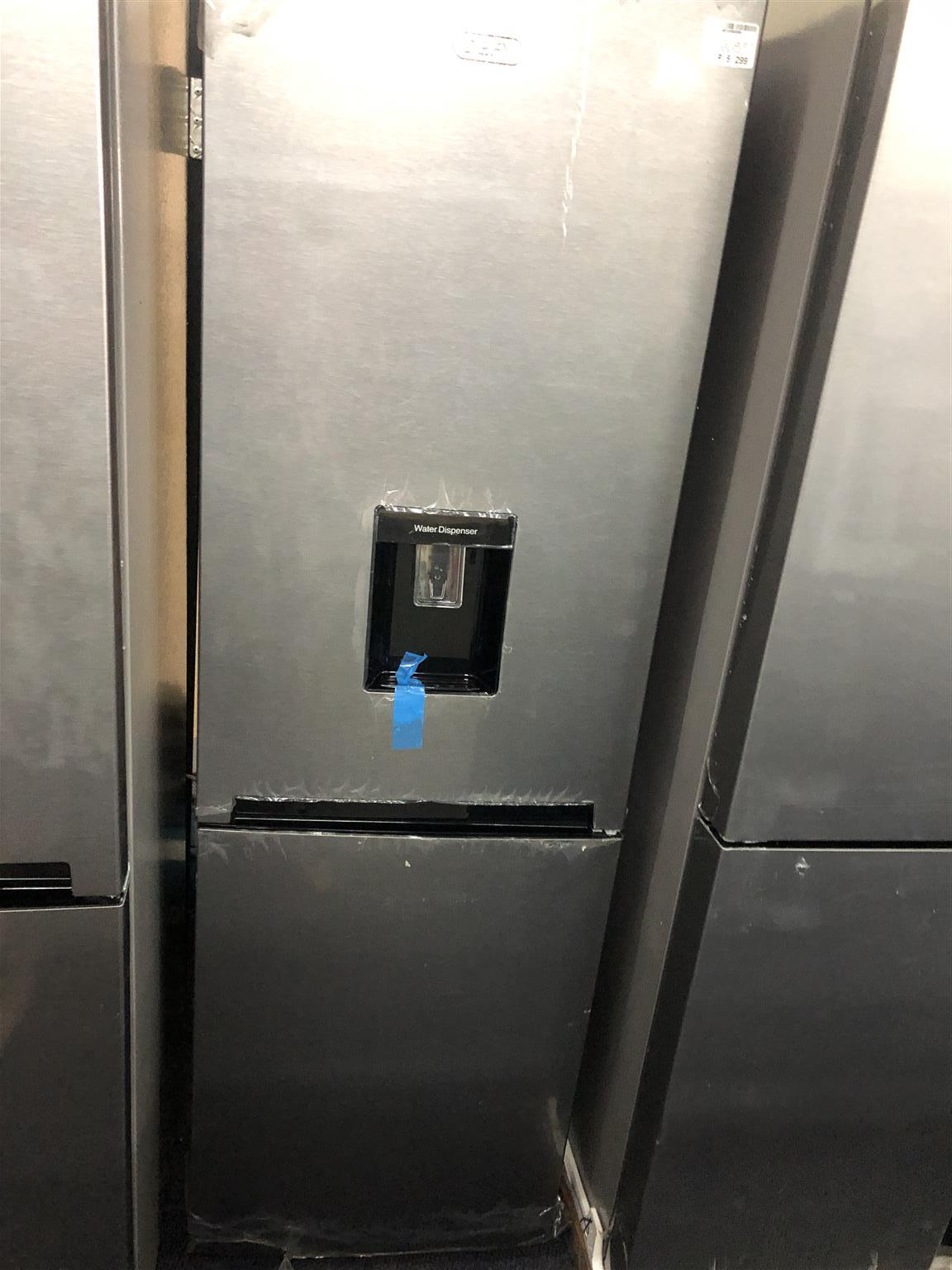 Fridge / Freezer Defy with Water Dispenser