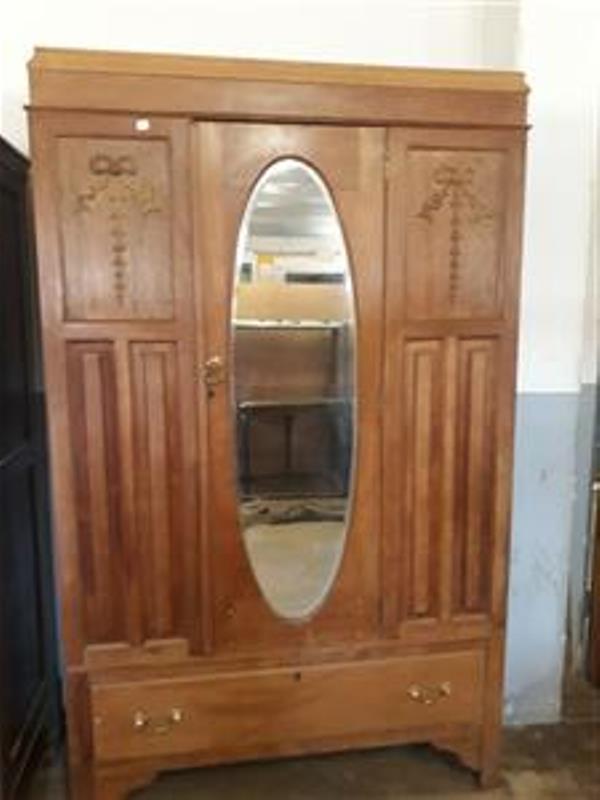 Antique Oak wardrobe