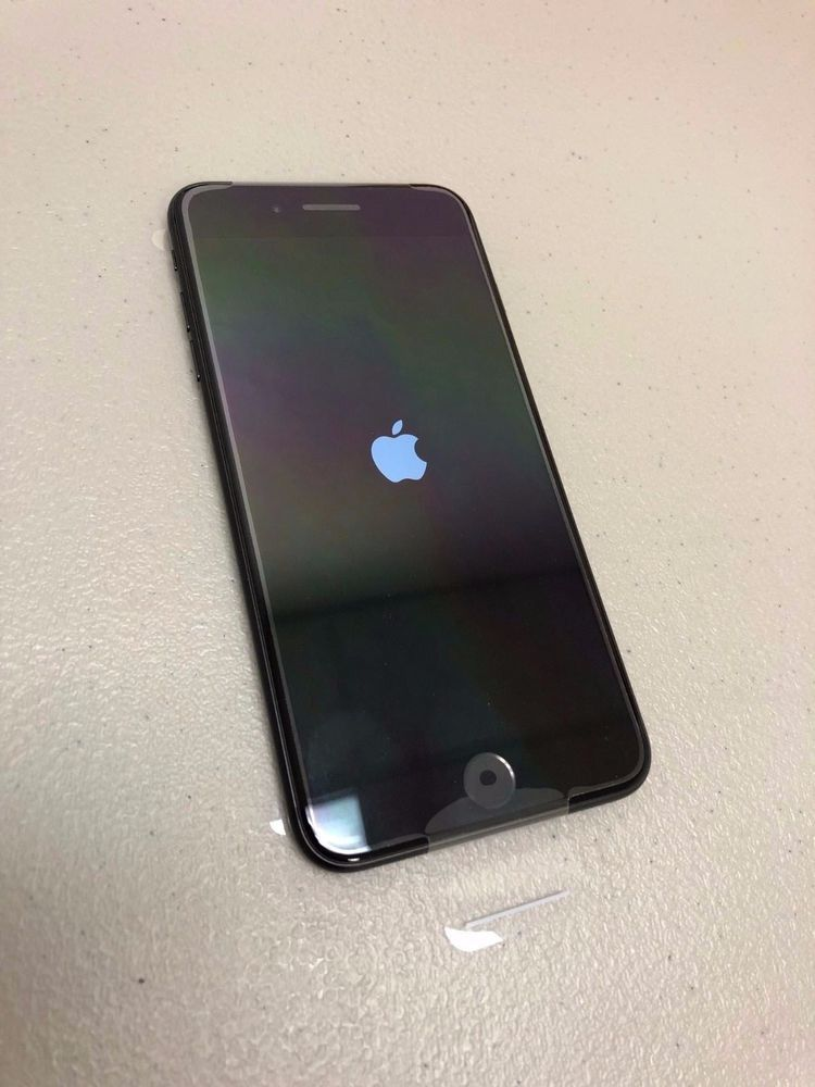 Excellent iPhone 7 with Box!