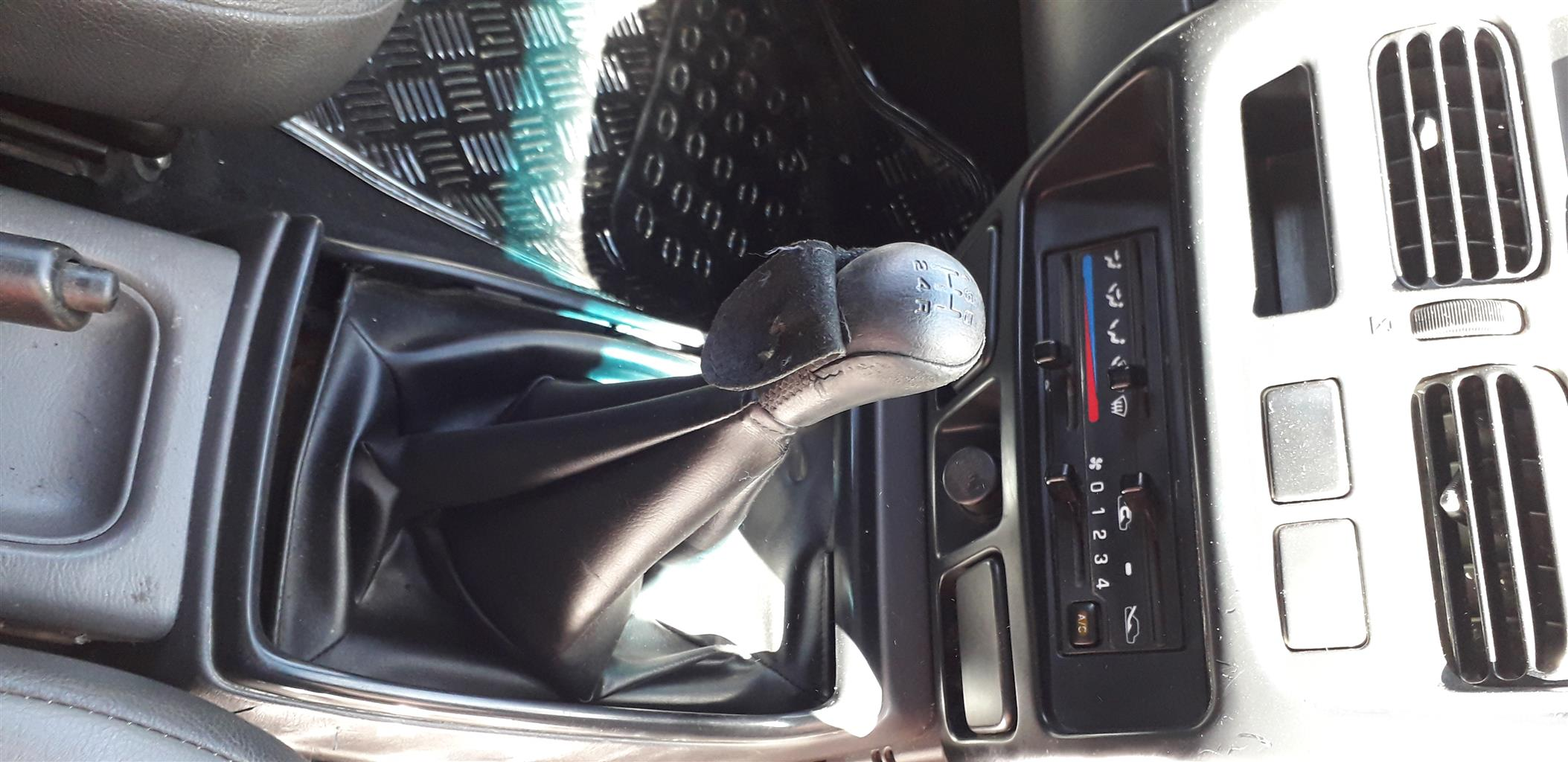 2014 Nissan NP300 Hardbody 2.4 double cab 4x4