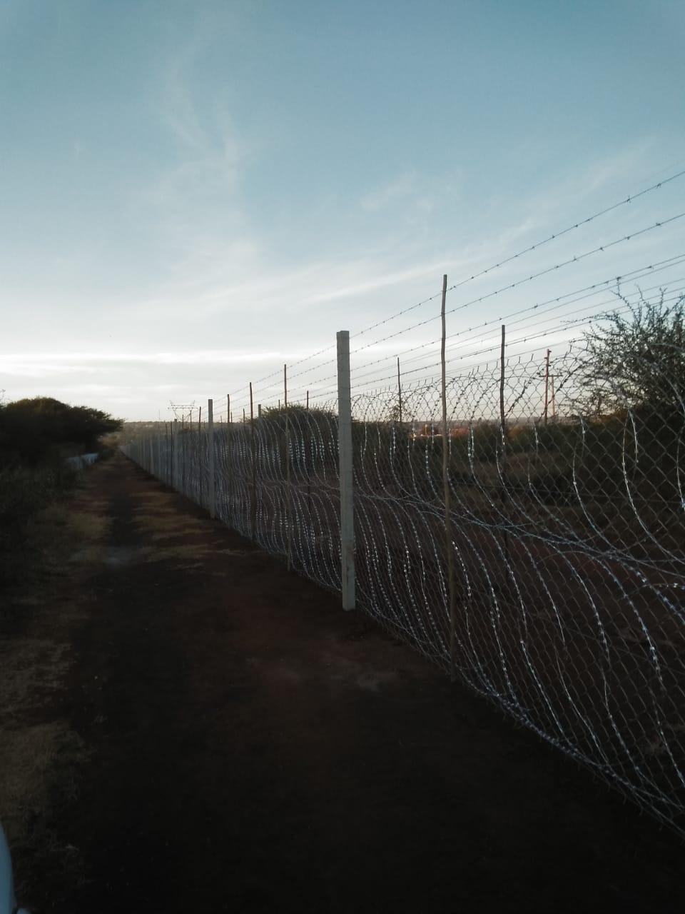 Fence - Razorwire flatwrap 900mm