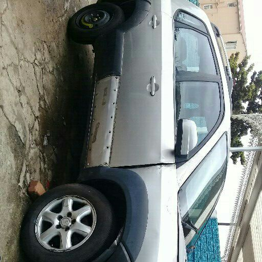 Hyundai Tucson 2ltr petrol.  Complete vehicle OR STRIPPING