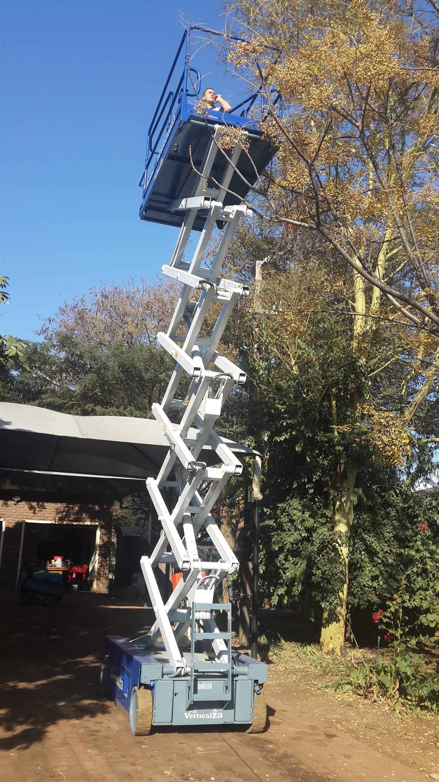 VerticalZA Iteco IT12122 - 14m Electrical Scissor Lift cherry picker  Manlift | Junk Mail