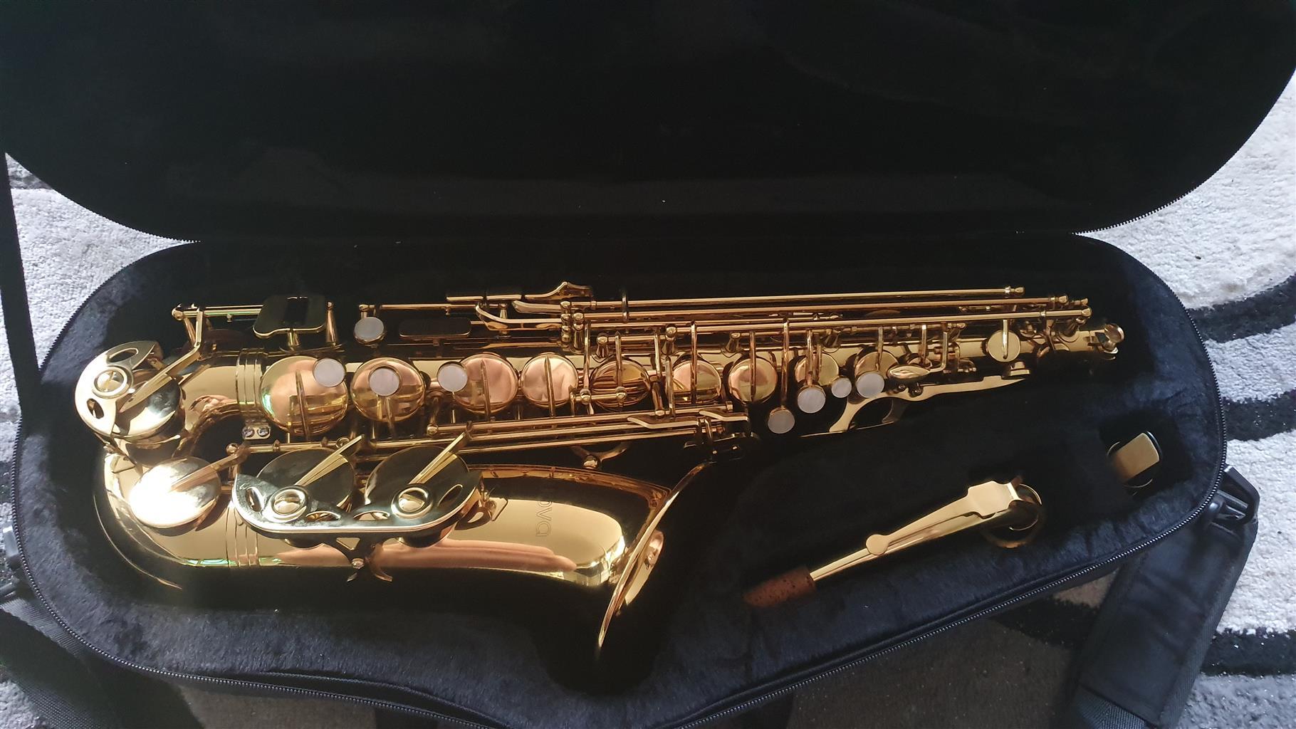 Nuova Alto Saxophone