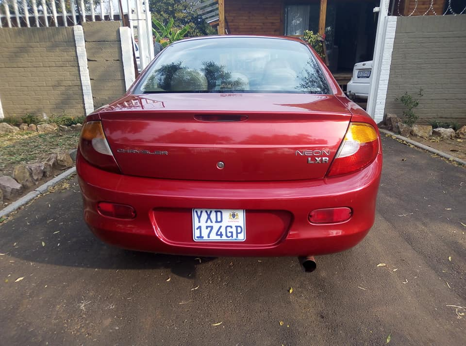 2003 Chrysler Neon