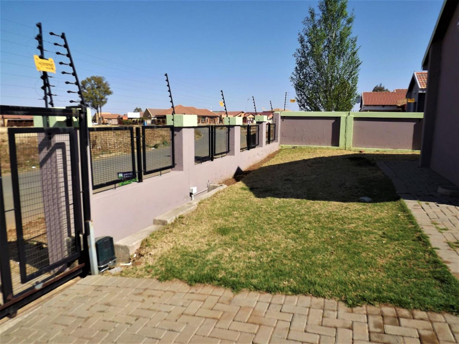 House For Sale in Vista Park