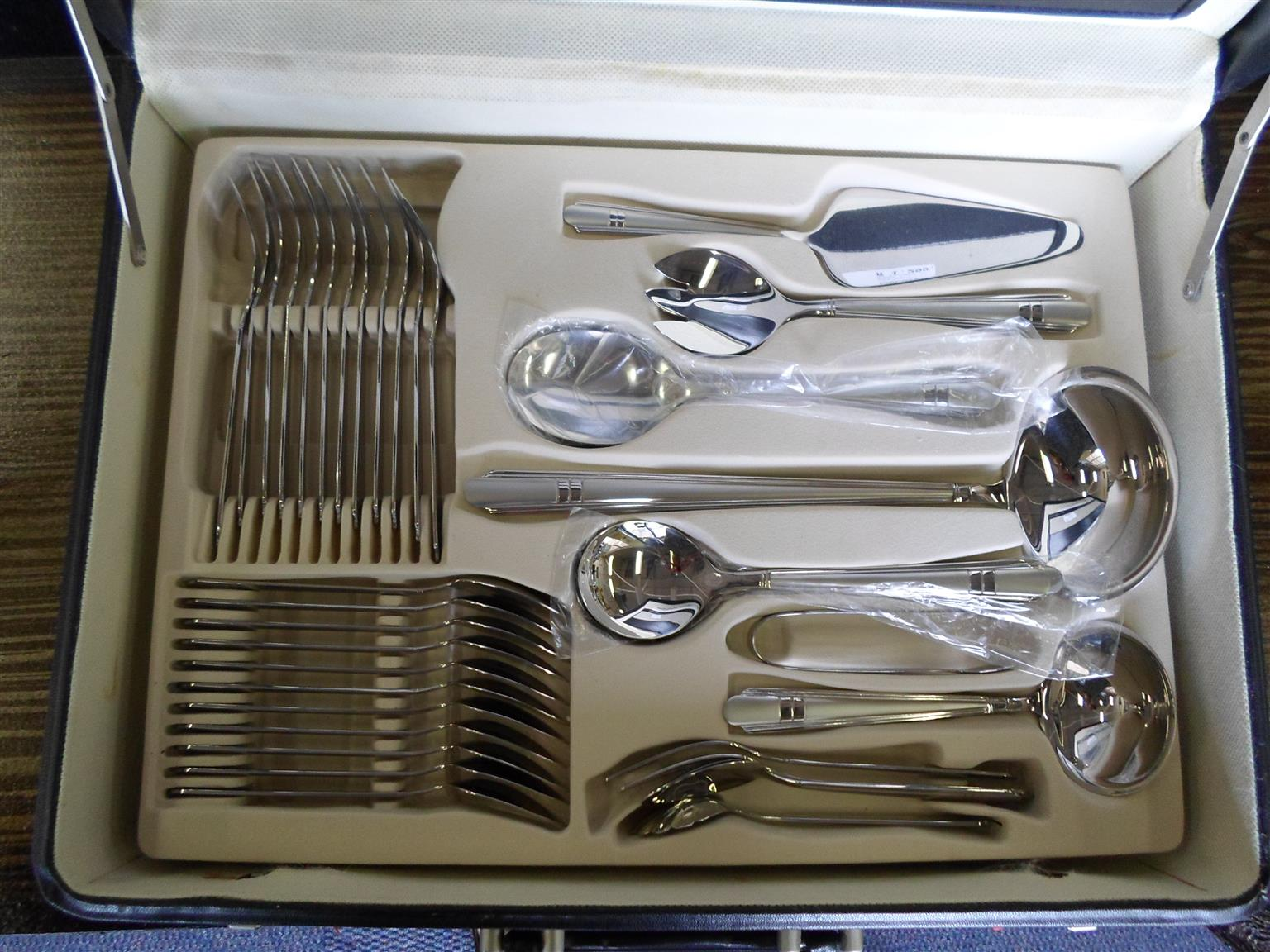 Home Collection 72pc.  Cutlery Set