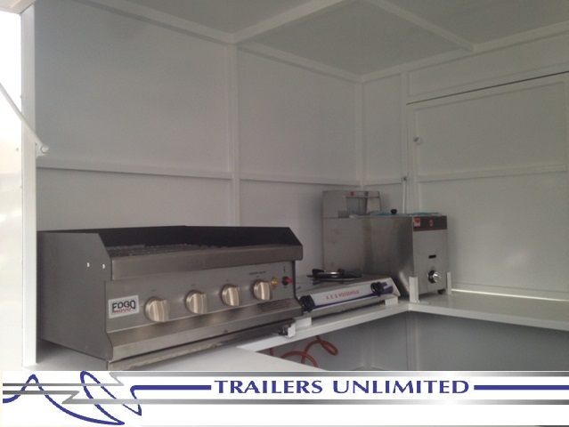 TRAILERS UNLIMITED. MOBILE KITCHEN.