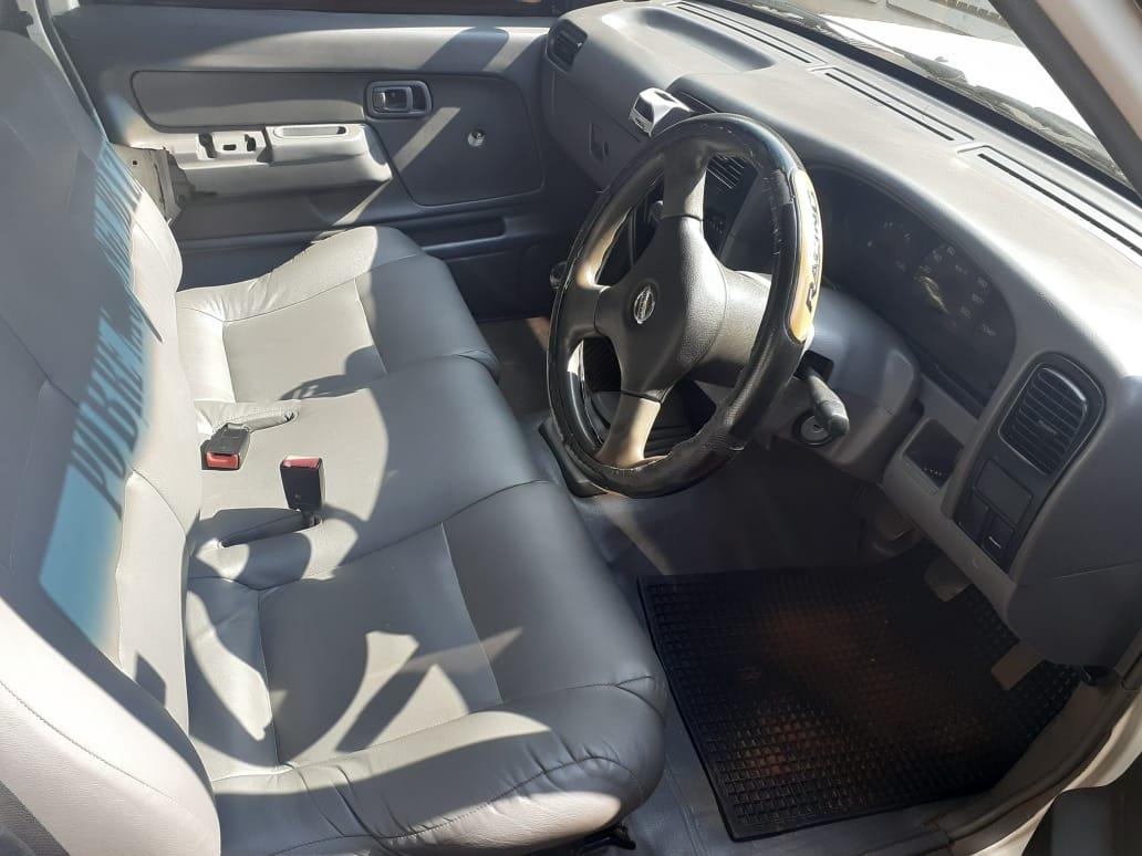 2008 Nissan NP300 Hardbody 2.0 S