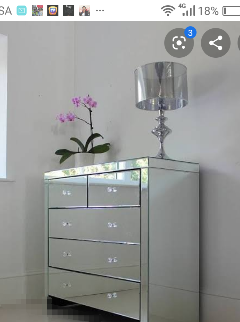 Mirror 5 draw chest of drawers for sale brand new in boxes