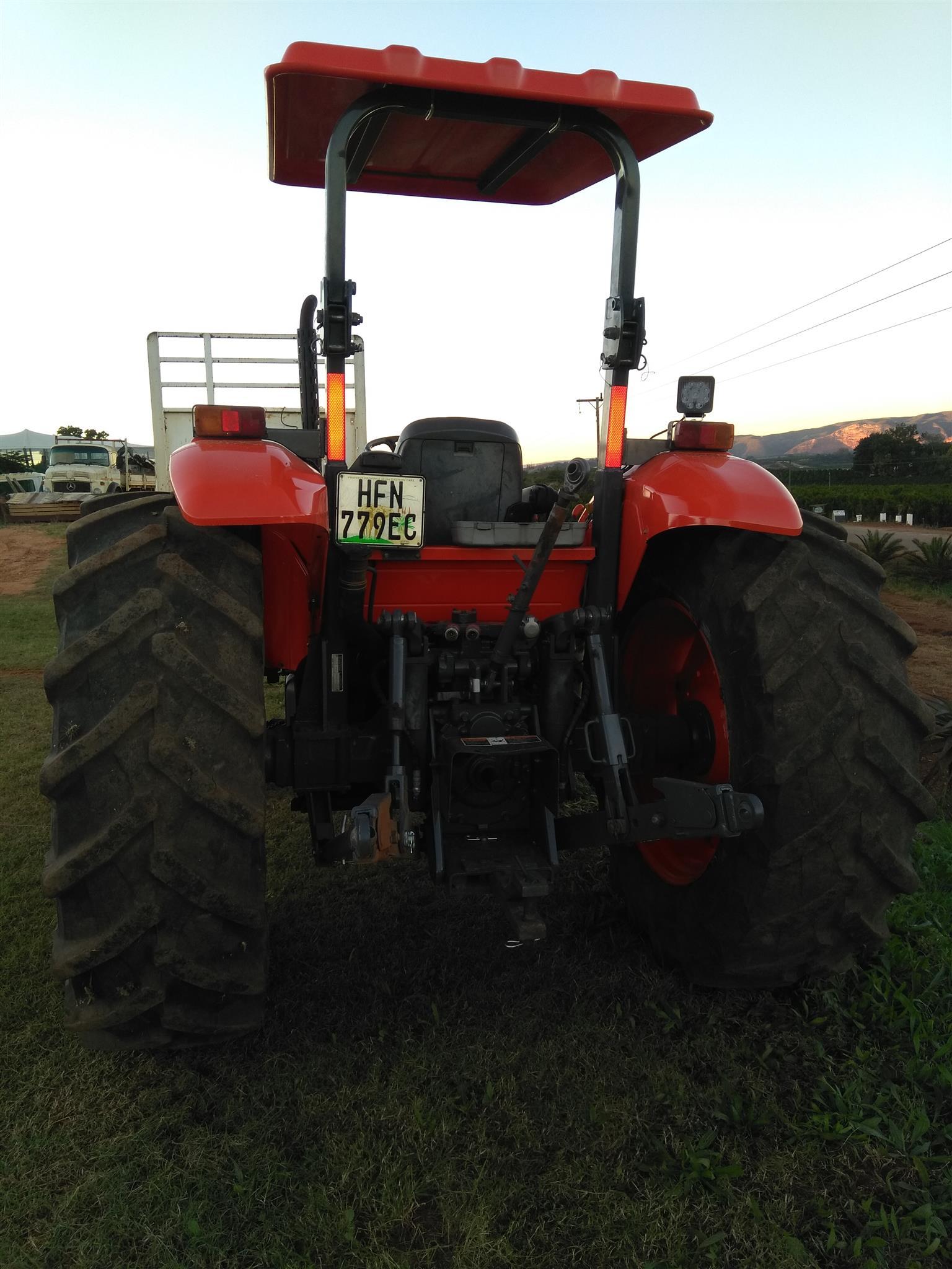 Kubota M8540 4x4 standard tractor for sale