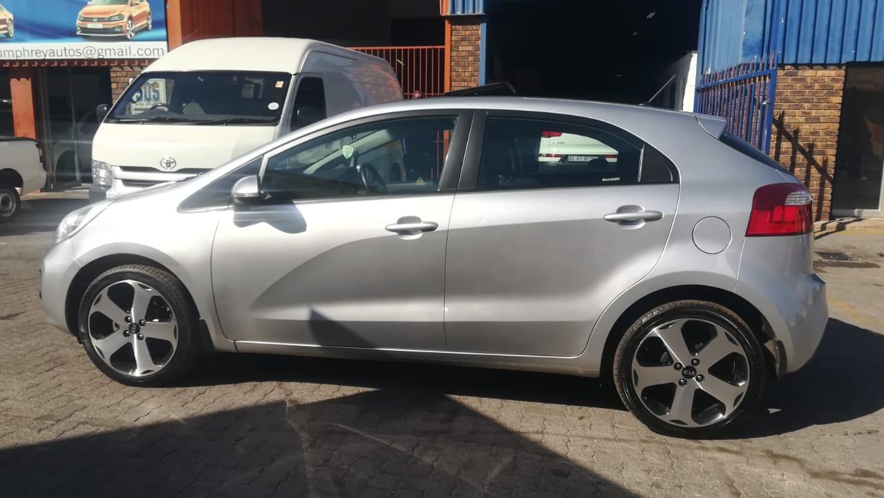 2013 Kia Rio hatch 1.4 Tec