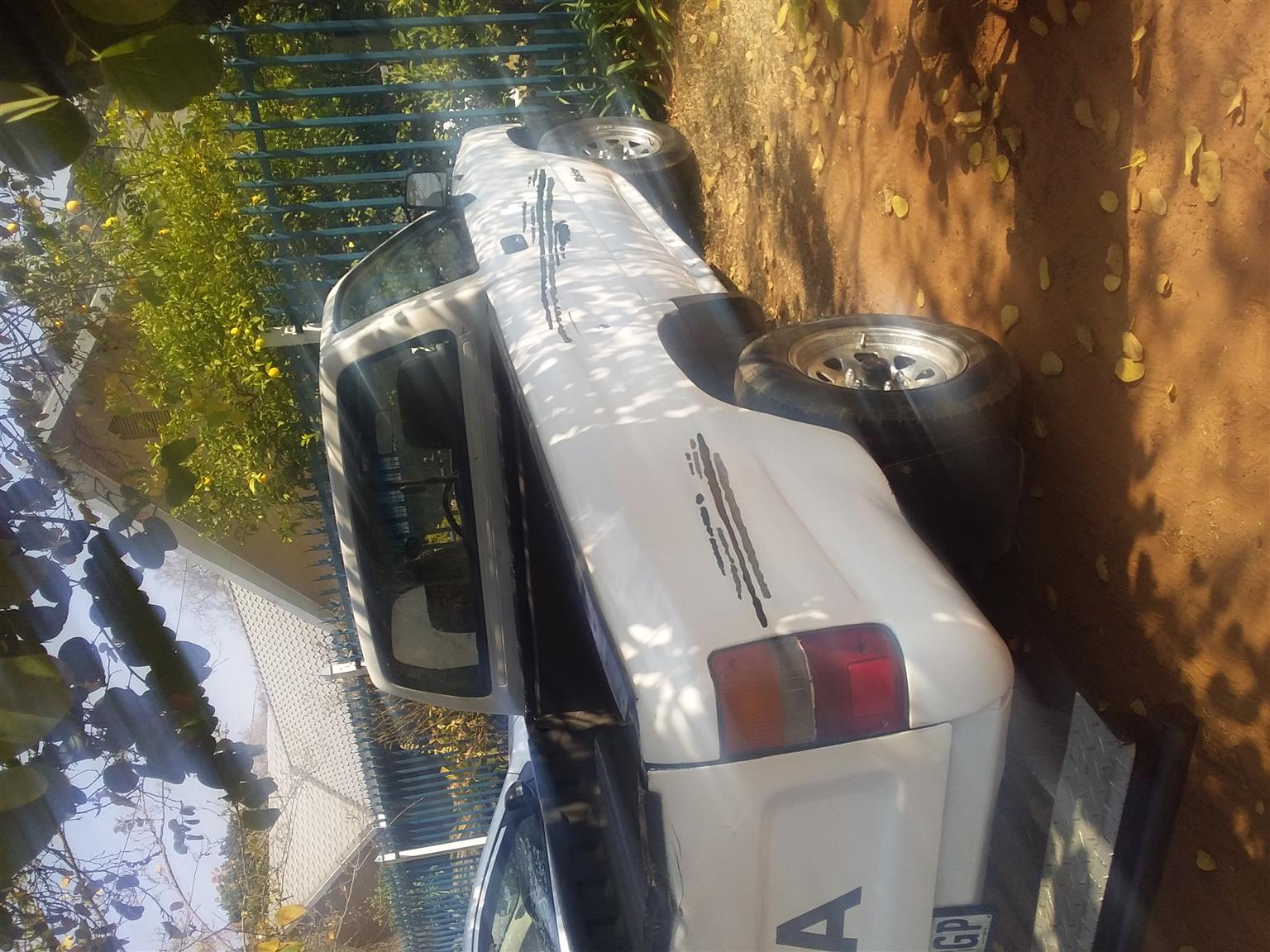 1999 Toyota Hilux 2.0 chassis cab