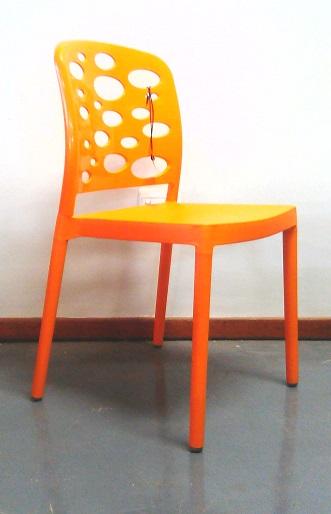 Bubble canteen chair