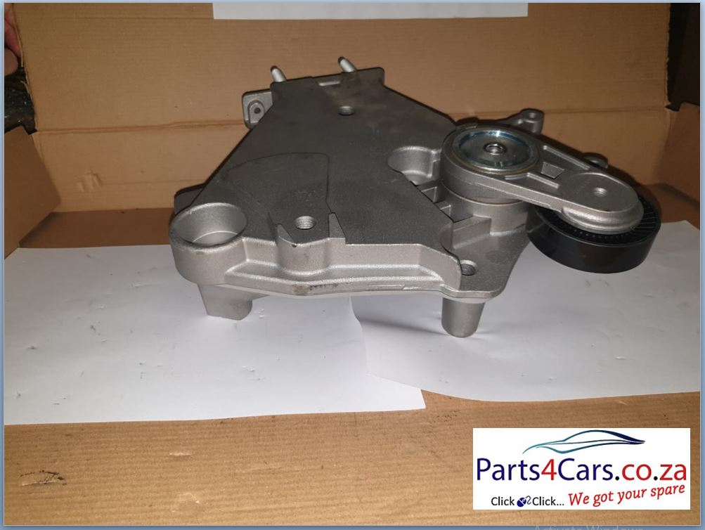 4.0 WJ JEEP CHEROKEE WATER PUMP (FOR SALE)