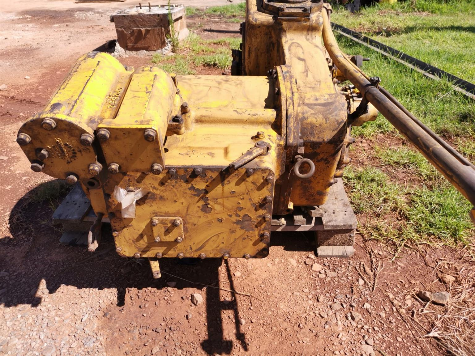 Cat wheel loader 980B transmission