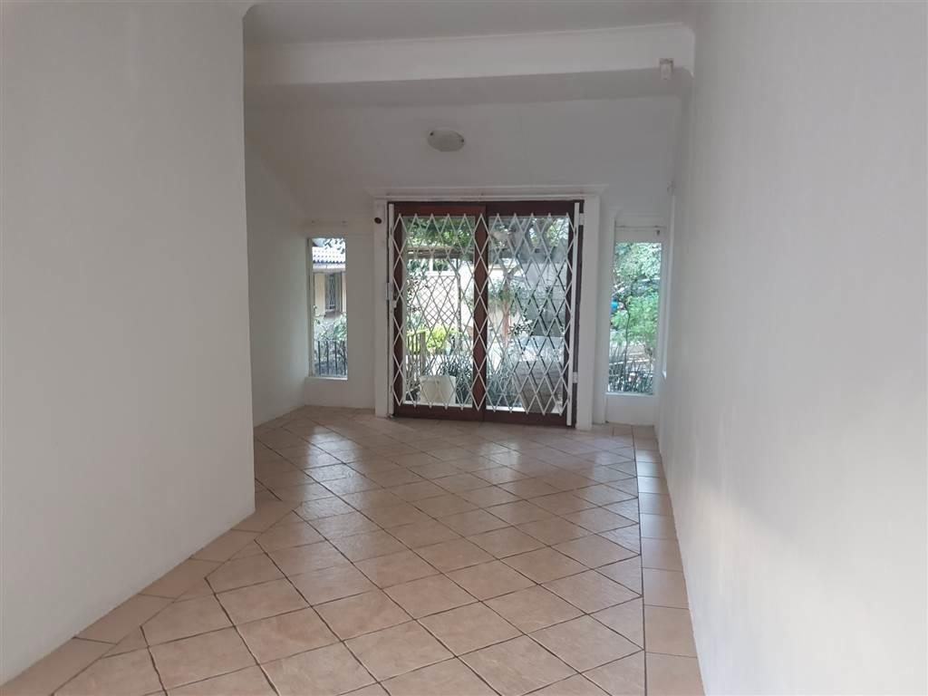 Hurlingham - 2 bedrooms 2 bathrooms house available R12000