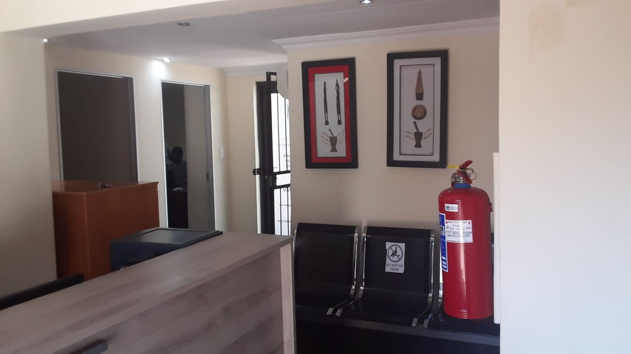 Office to let in Brooklyn, Pretoria with Prepaid Electricity