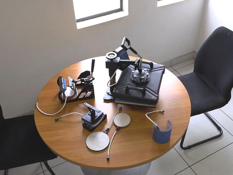 H-PRESS/MUG5 Heatware Sublimation Mug Press Heat Press Machine, 5 Mug Placement Holders