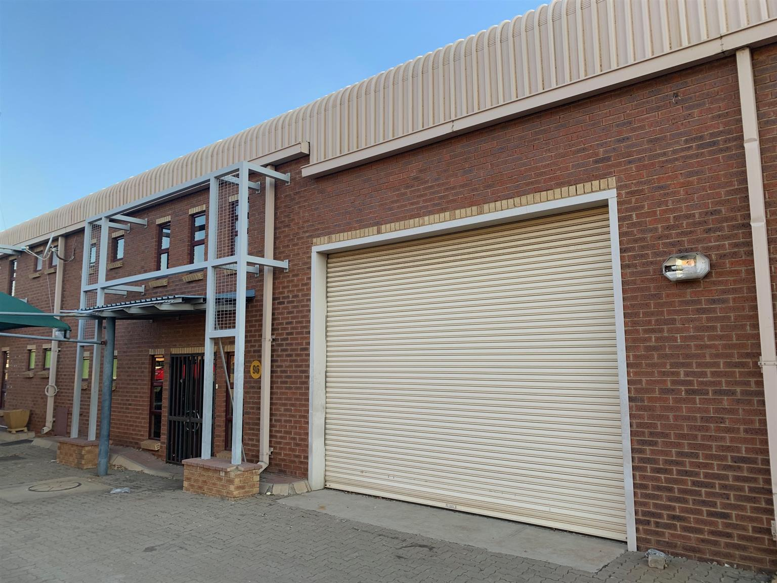 ALANDALE BUSINESS PARK: PRIME OFFICE AND WAREHOUSE SPACE TO LET IN MIDRAND !