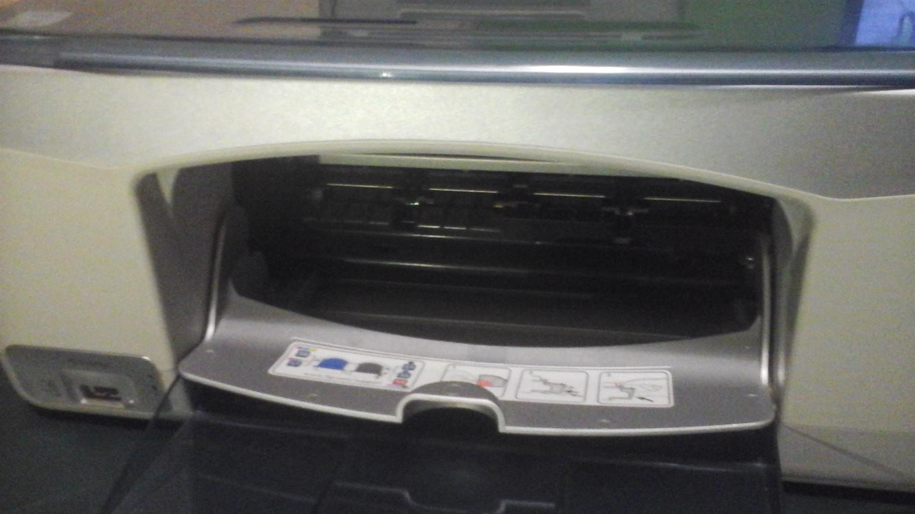 Hp 3 in 1 scanner, printer copier ideal for home office