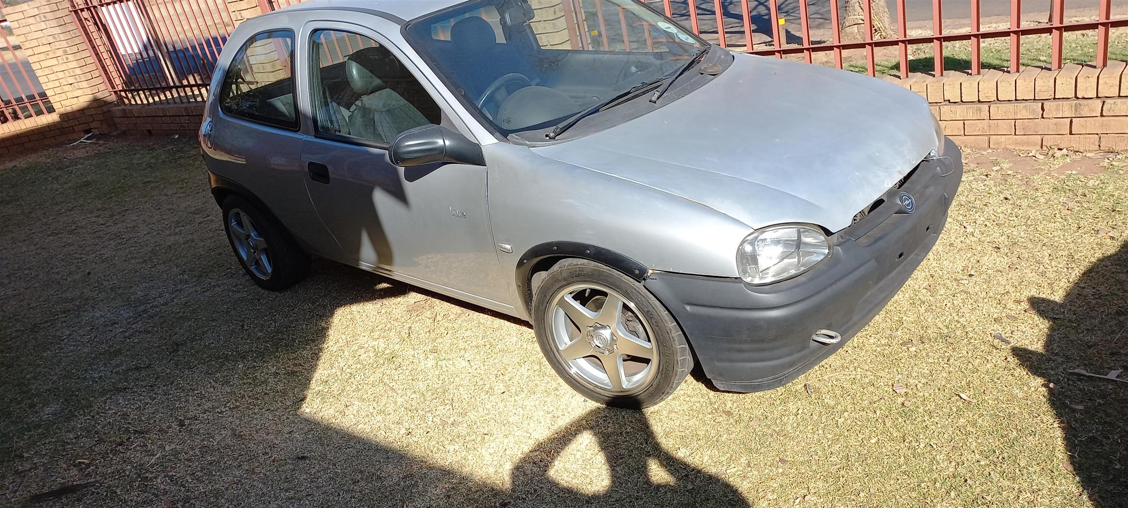 Opel corsa 1.4i 2007