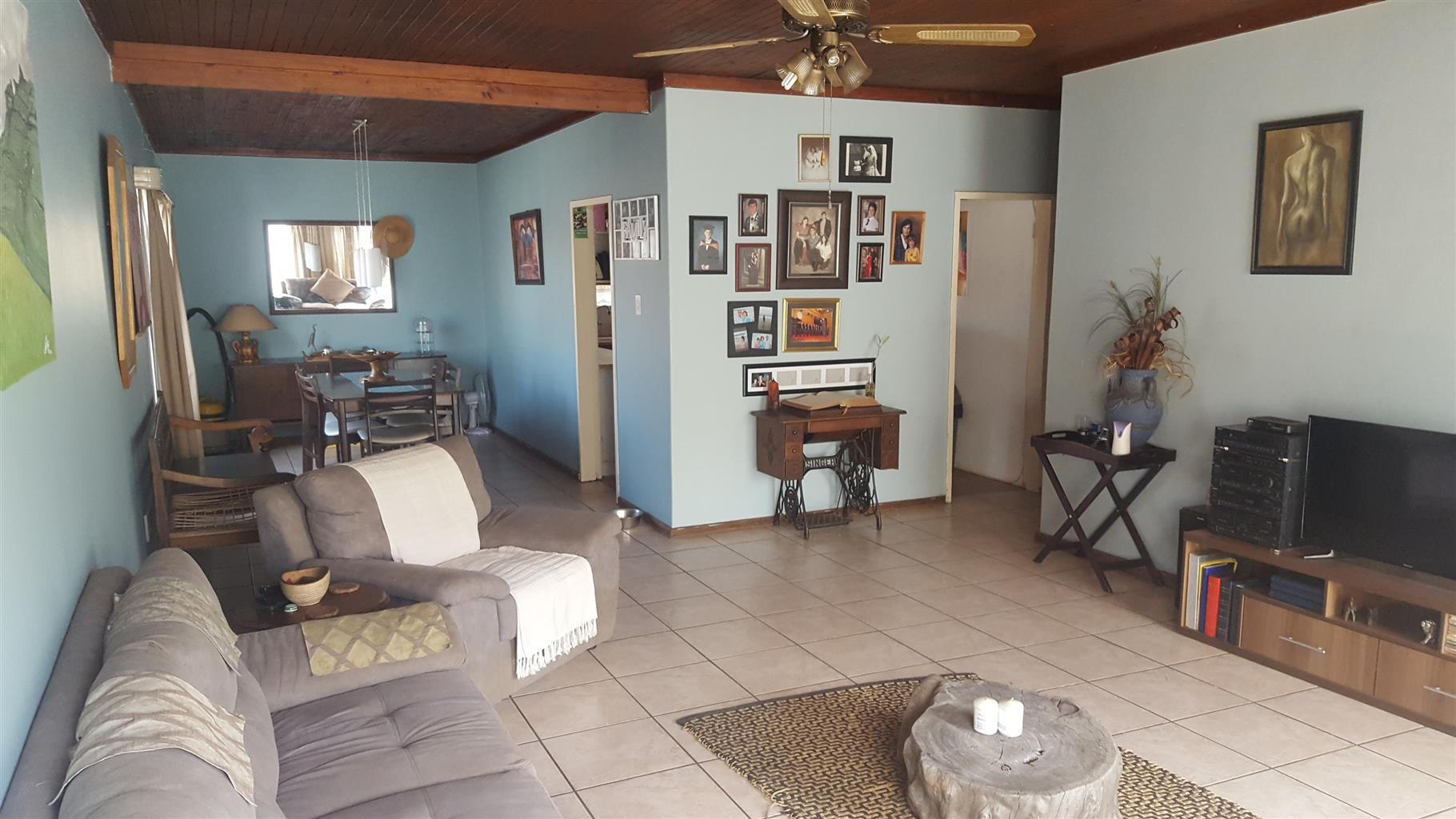 3 Slaapkamer huis te koop in Mountain View.