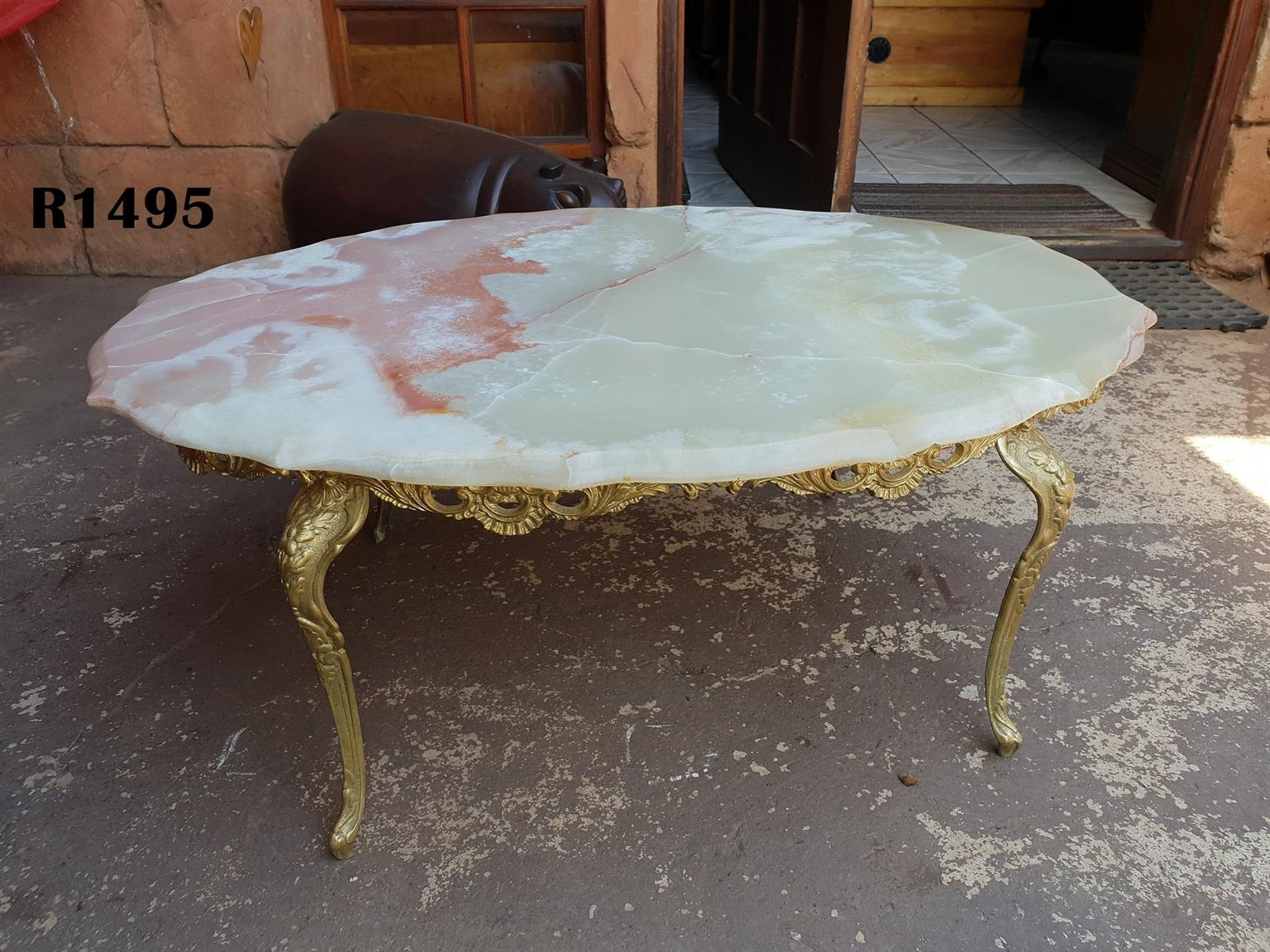 Marble Coffee Table with Brass Legs (1000x680x430)