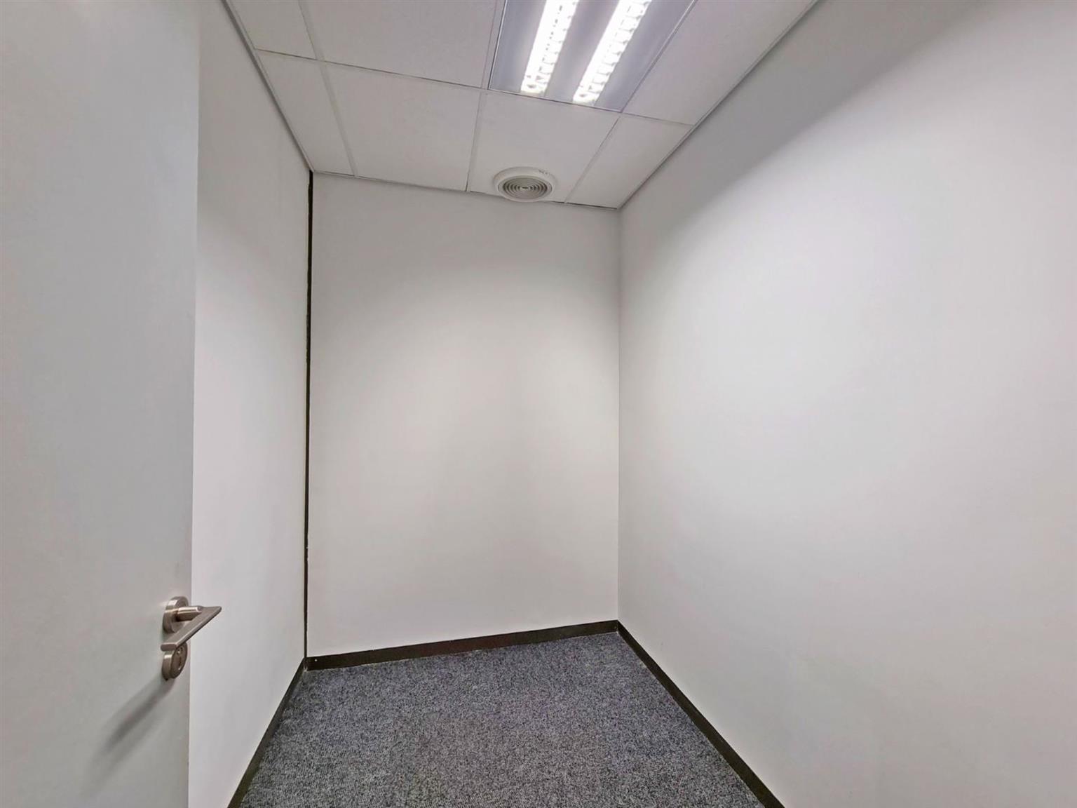 Office Rental Monthly in BRYANSTON