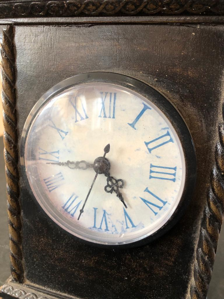 Classic Style Wooden carriage clock with modern movement