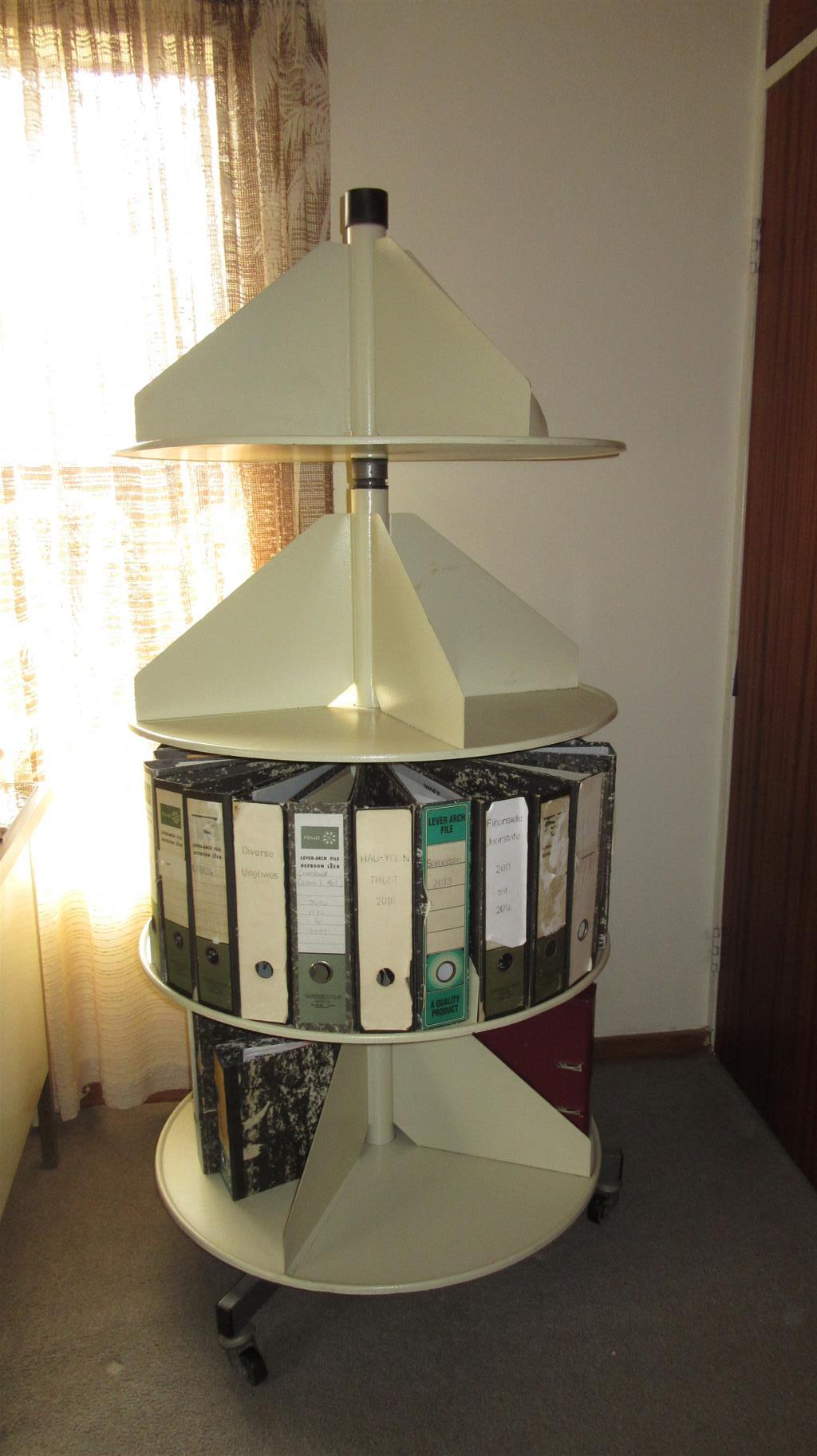 Rotating File stand on wheels