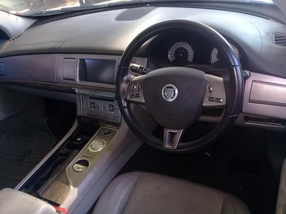 Jaguar XF 3.0 Interior Parts For sale | Junk Mail