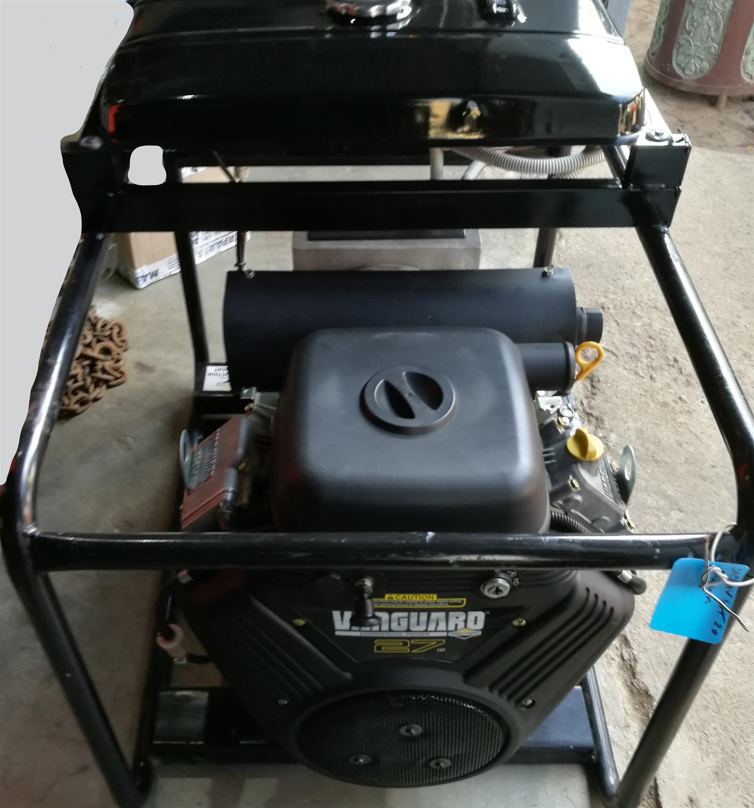 Briggs and Stratton 27HP 15 kva generator  Single phase  Petrol  Vanguard  Japannese built engine  Excellent cond