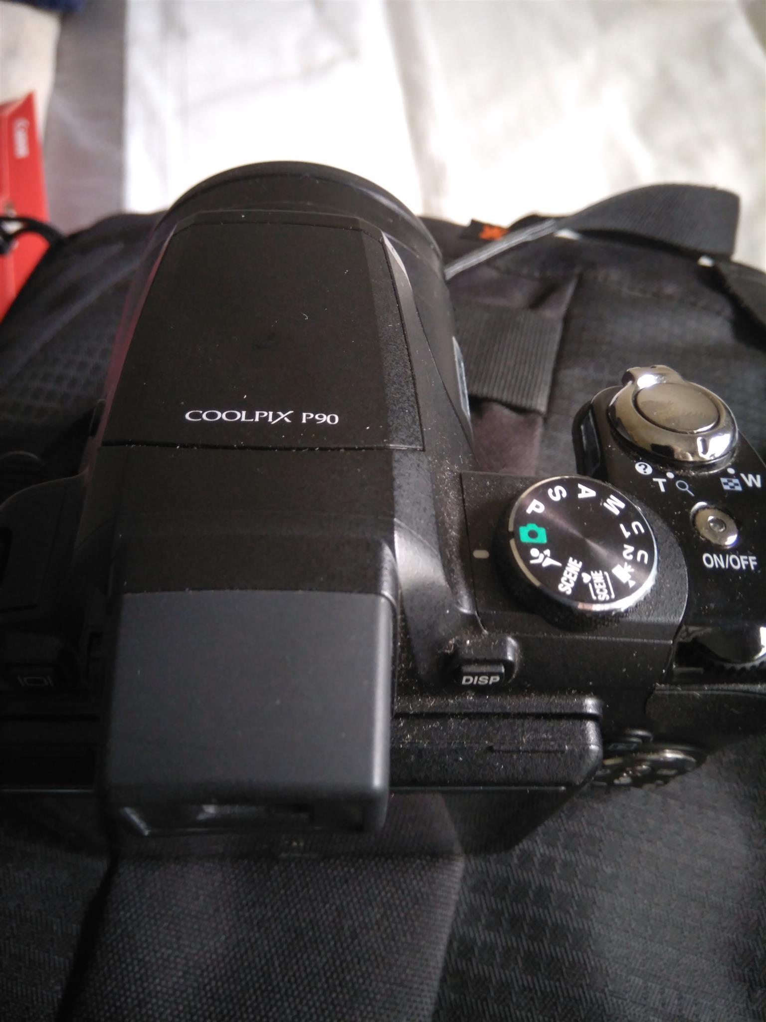 Nikon CoolpixP90 Camera