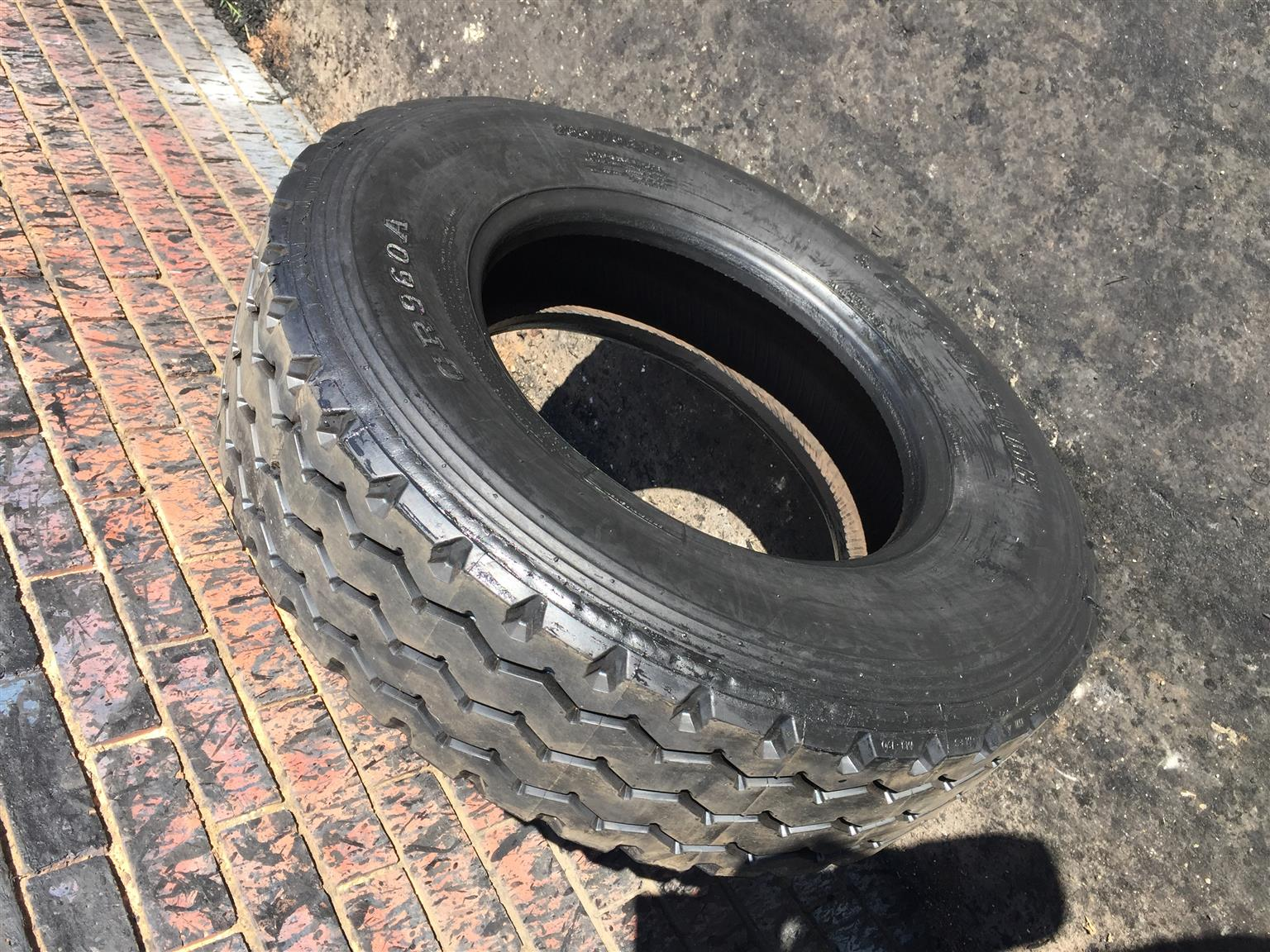 235/75/17.5 & 265/70/19.5 Retreads For Sale