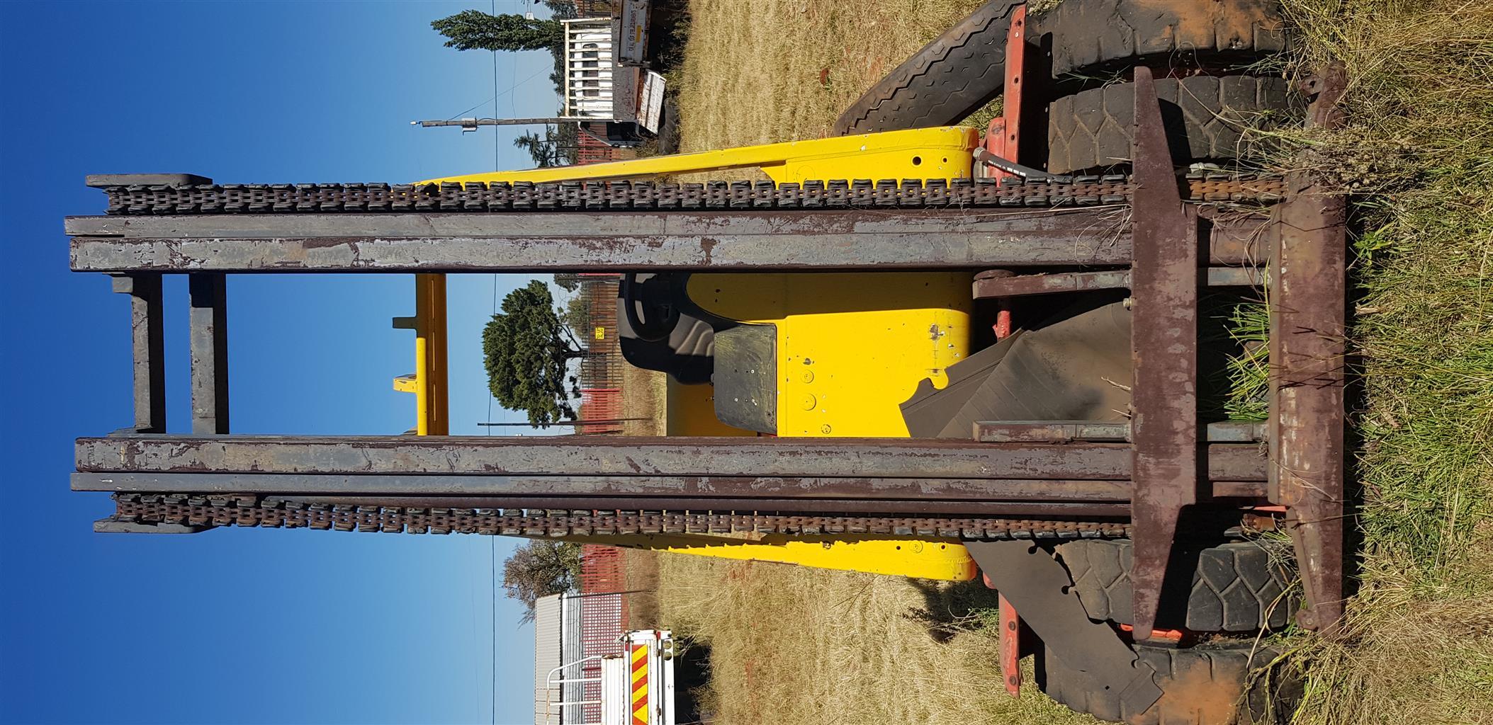 Forklift Linde All terrain 3 ton