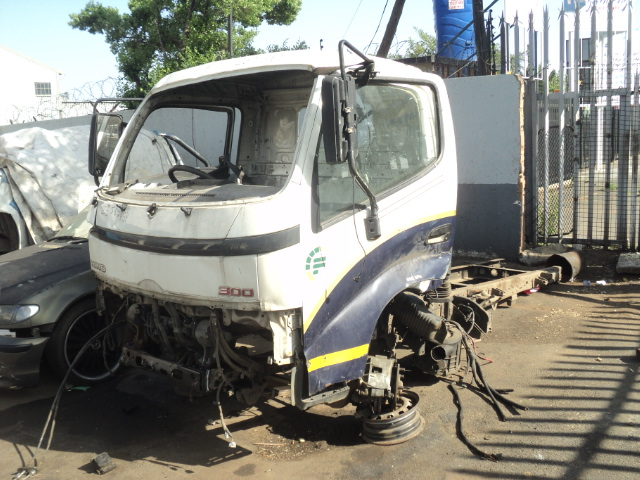 HINO 300 CHASSIS, CAB & PAPERS R25000