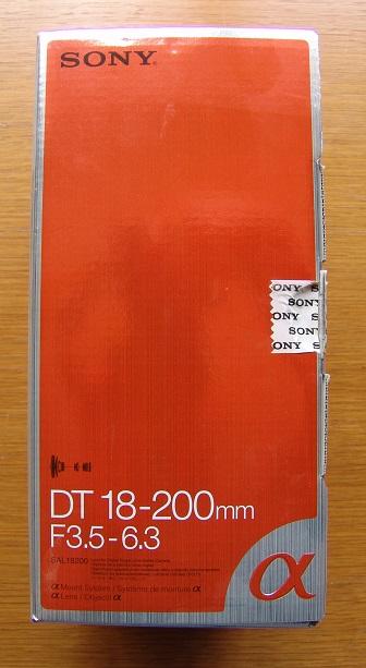SONY DT 18 - 200, F2.5 - 6.3 CAMERA LENS
