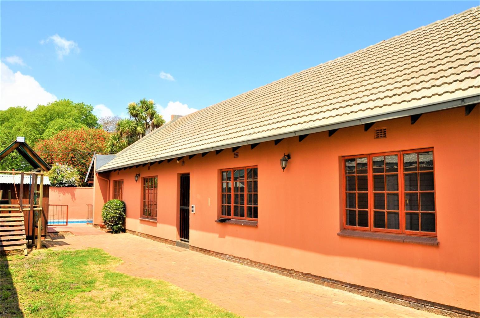 House For Sale in Westdene