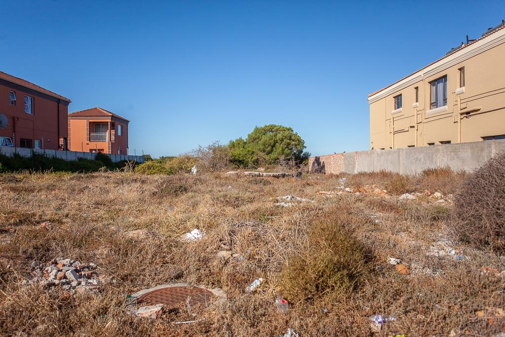 Vacant Land Residential For Sale in Bluewater Bay